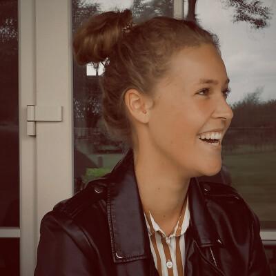 Zara zoekt een Kamer / Studio in Nijmegen